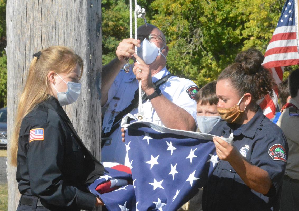091121-911-ceremony-flagpole_0018