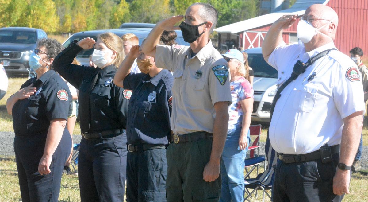 091121-911-ceremony-saluting-flag_0045