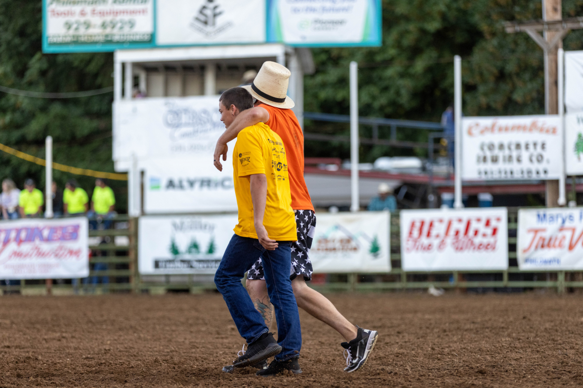 071021_frolic_day3_rodeo-46