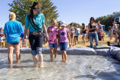 071021_frolic_day3_fishrodeo-10