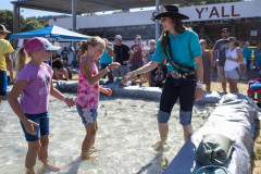 071021_frolic_day3_fishrodeo-12