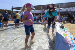071021_frolic_day3_fishrodeo-13