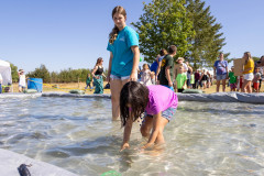 071021_frolic_day3_fishrodeo-17