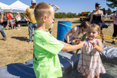 071021_frolic_day3_fishrodeo-20