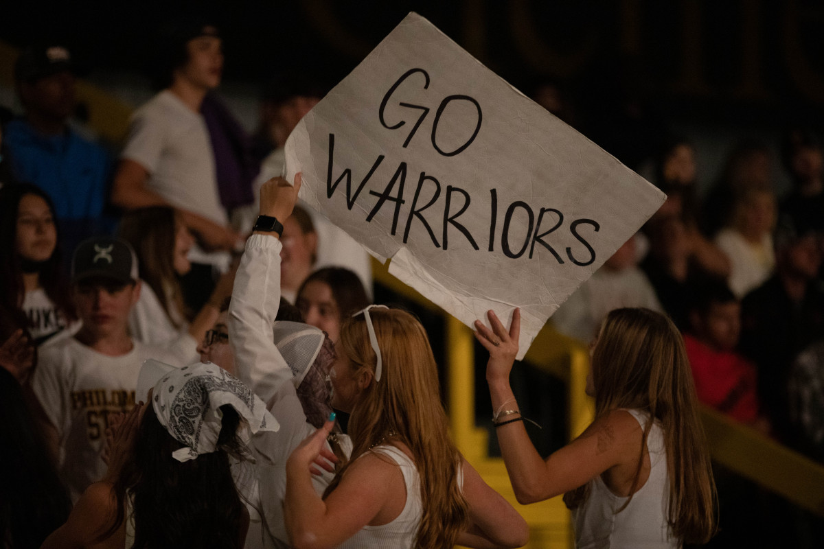 091721_fb_student_section_3494