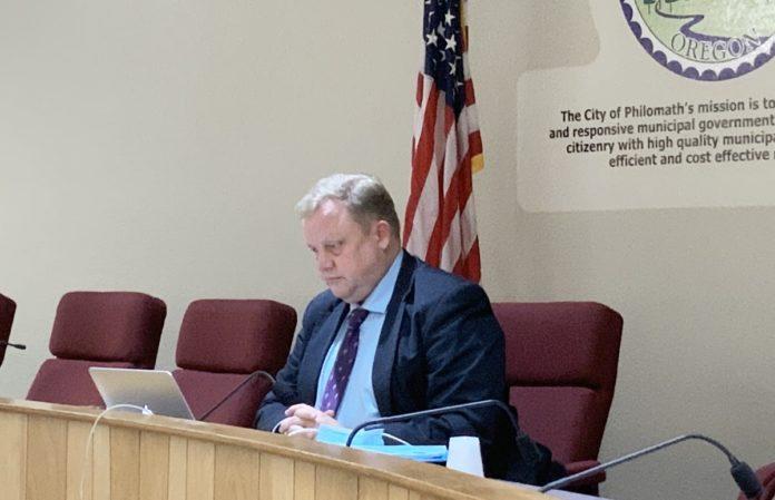Philomath Mayor Eric Niemann