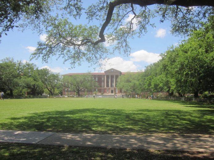 Newcomb-Tulane College