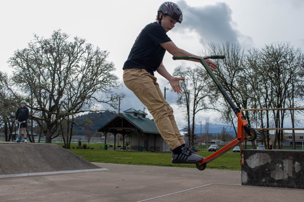 Grant Niemann at skate park