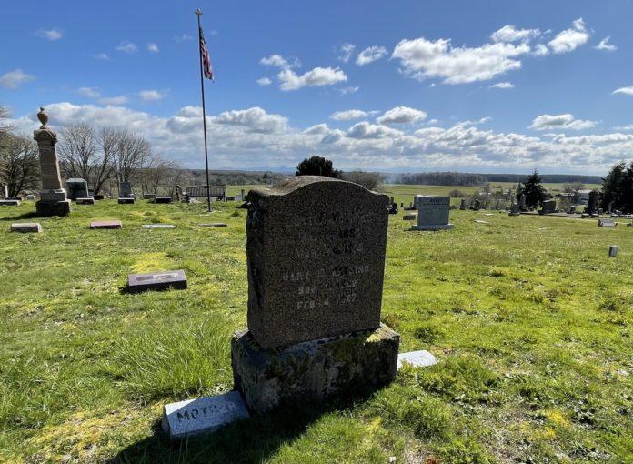 Levi Watkins grave marker