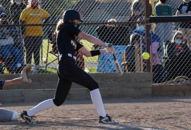 Kaili Saathoff hitting home run