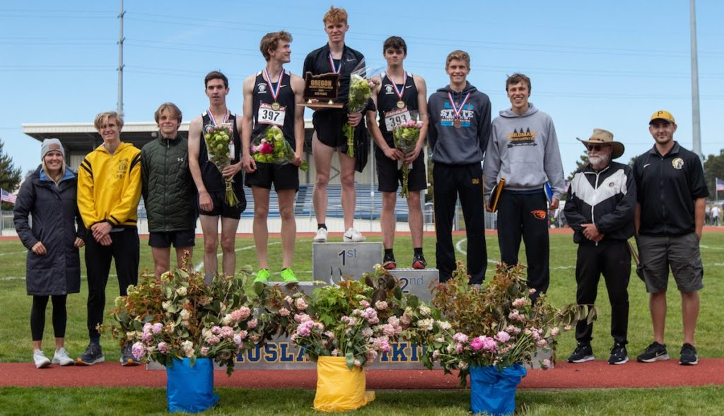 PHS boys with 4th-place trophy