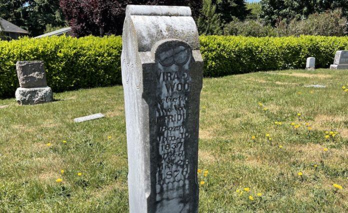Grave marker for Elvira Wood