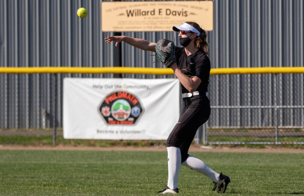 Kaili Saathoff in center field