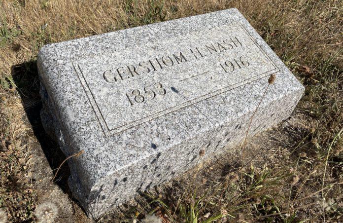 Grave marker of Gershom H. Nash