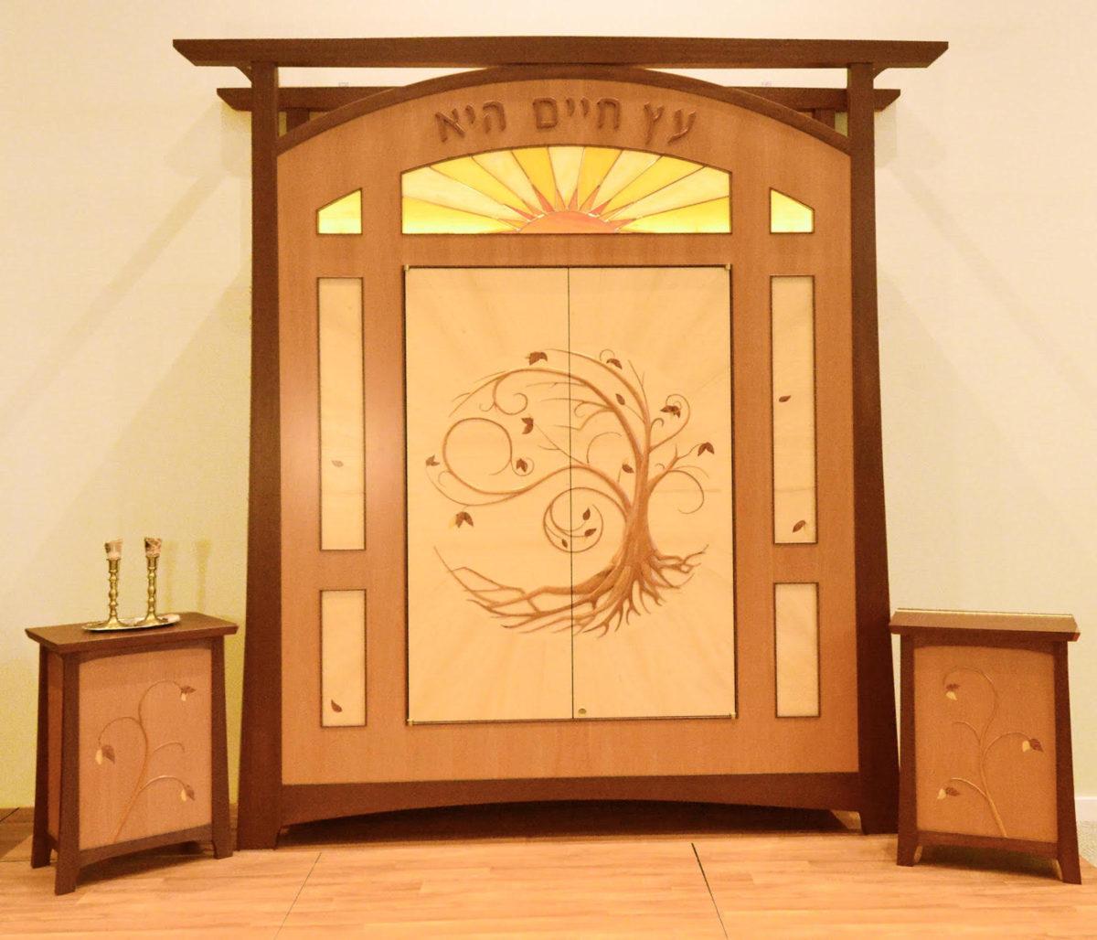 Jewish Torah cabinet created by Nick Clark