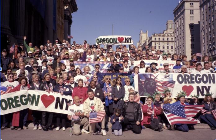 Oregon Loves New York group photo